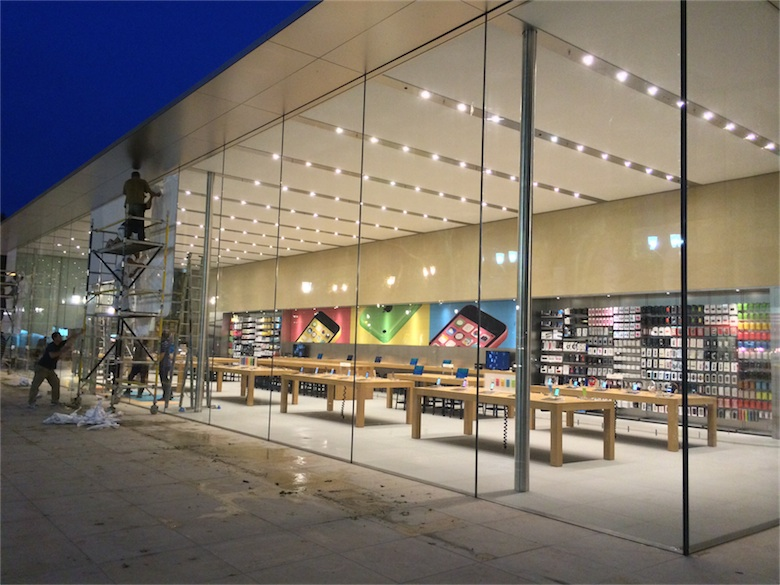 l 39 apple store d 39 aix en provence est d ball macgeneration. Black Bedroom Furniture Sets. Home Design Ideas