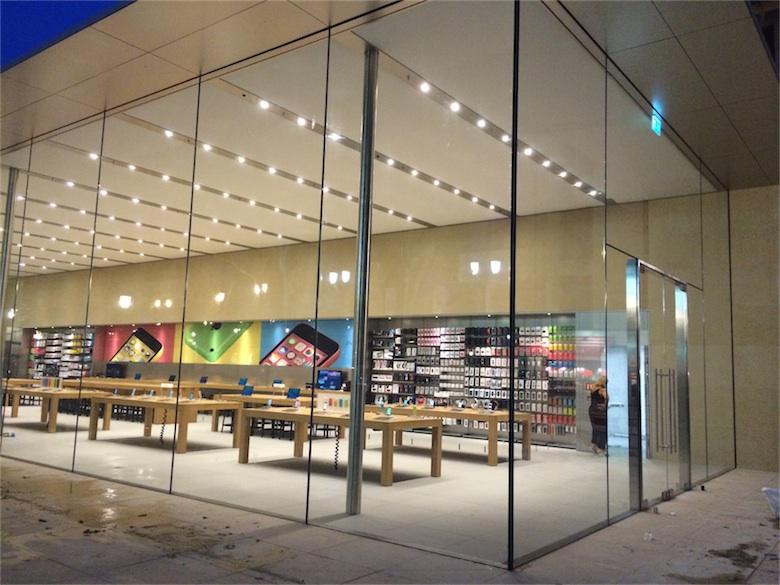l 39 apple store d 39 aix en provence est d ball macgeneration. Black Bedroom Furniture Sets. Home Design Ideas