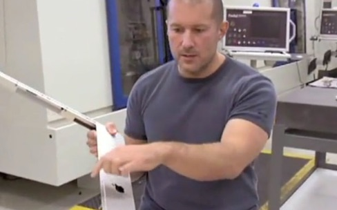 Jonathan Ive, sa montre, ses voitures, ses obsessions…