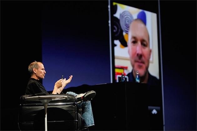 Steve Jobs ne détestait pas la mise en scène, mais lors des keynotes récents, la forme a pris parfois le pas sur le fond