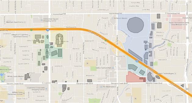 Apple à Cupertino. À l'ouest, son campus historique. À l'est, l'emplacement de son futur Campus 2. En rouge, la parcelle concernée par le programme Main Street Cupertino, avec les deux bâtiments convoités par Apple.
