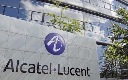 Nokia et Alcatel-Lucent créent un géant européen des télécoms