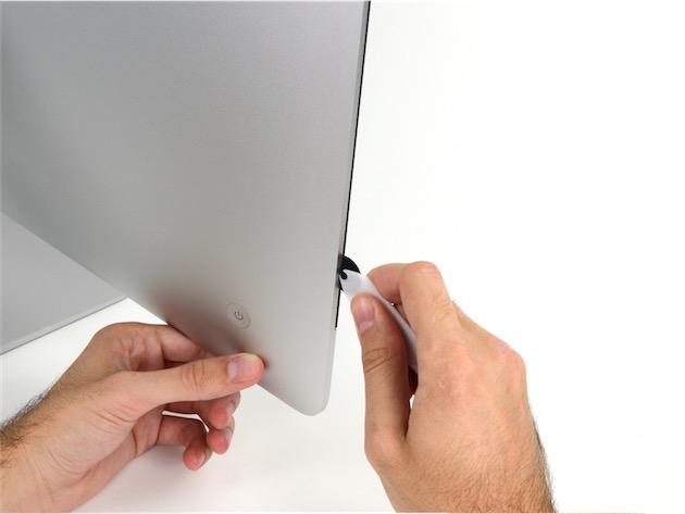 Un outil similaire à celui utilisé par le réparateur. Image CC iFixit.