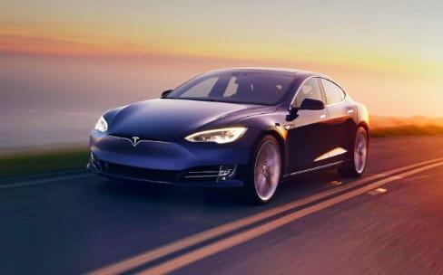 Deux annonces Tesla d'ici la fin du mois