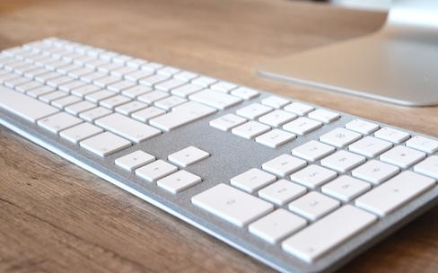 Test du clavier étendu Bluetooth CTRL de Bleujour