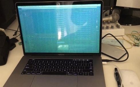 """Certains MacBookPro 15"""" souffrent de bugs graphiques"""