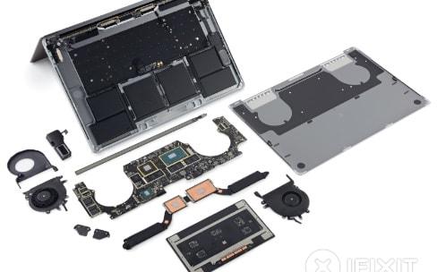"""iFixit dévoile la moustache du MacBookPro 15"""" 2016"""