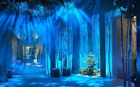 Une étonnante installation de Noël pour Jony Ive et Marc Newson