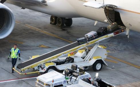 En avril, portables et smartphones privés de soute dans les avions