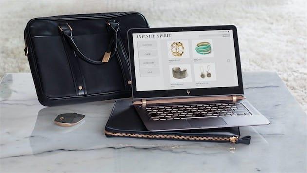 Le HP Spectre 13, avec sa gamme d'accessoires optionnels.