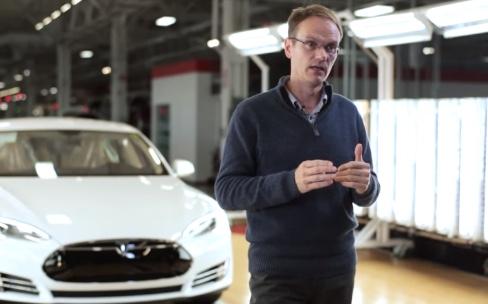 Apple embauche un vice-président de chez Tesla