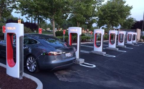 Tesla ne chargera pas gratuitement la Model3