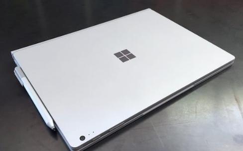 Le premier Surface Book est déjà en promotion