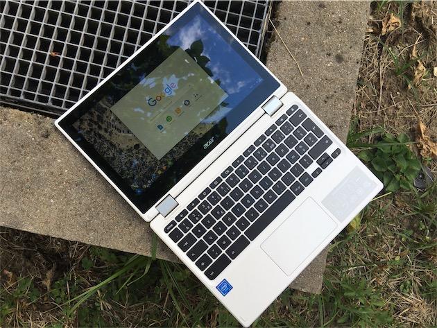 Un Chromebook Acer pensé pour Android: son écran est tactile et on peut le retourner complètement pour en faire une tablette.
