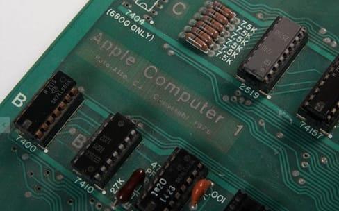 Un Apple-1 très rare aux enchères