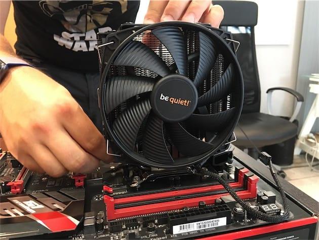 Les systèmes de refroidissement pour le processeur sont vite encombrants… Cliquer pour agrandir