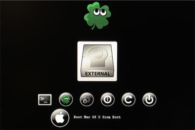 L'interface par défaut de Clover. Ici, le programme s'exécute depuis la clé USB d'installation, pas encore depuis le SSD du hackintosh.