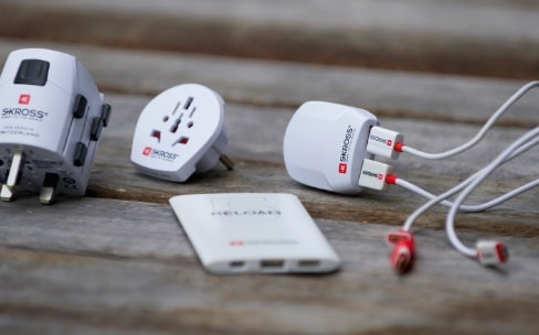 Concours : gagnez 5 lots de produits SKROSS pour votre iPhone