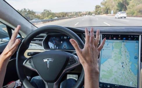 Chris Lattner, le créateur de Swift, roule pour Tesla