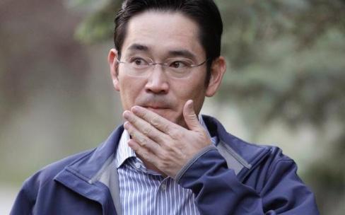 L'héritier et patron du groupe Samsung arrêté et placé en détention