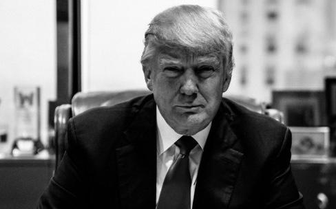 Donald Trump est persuadé que Tim Cook fera fabriquer aux États-Unis