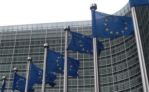 La Commission européenne frappe fort contre les avantages fiscaux illégaux d'Amazon et d'Apple