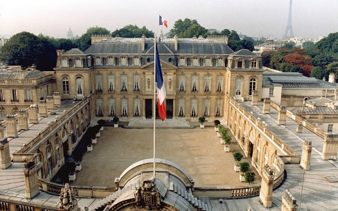 Emmanuel Macron recevra Tim Cook lundi à l'Élysée