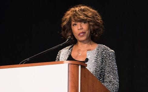 Six mois après sa nomination, Denise Young Smith quitte son poste de vice-présidente à la diversité