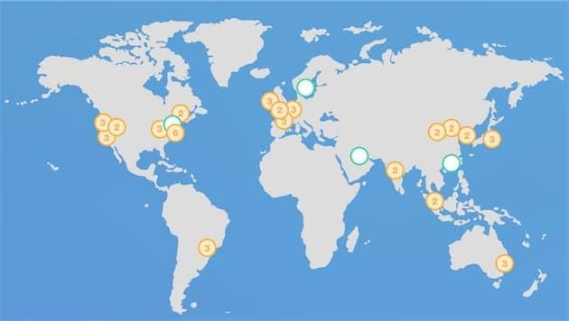 Le réseau actuel d'AWS. Les points en vert désignent les futures ouvertures prévues par le service. Cliquer pour agrandir