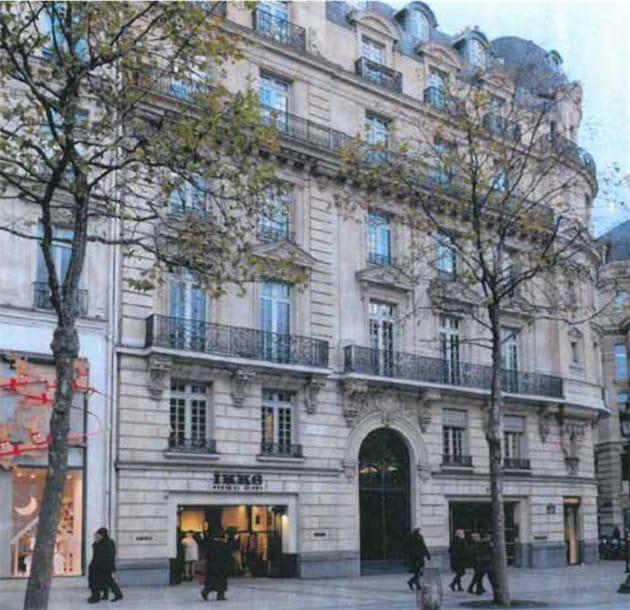 utterly stylish performance sportswear size 40 Apple Store Champs-Élysées : la Commission du Vieux Paris ...