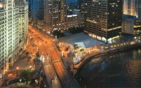 Les travaux du spectaculaire Apple Store de Chicago avancent bien