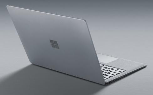 Pour le prix d'un Surface Laptop, qu'est-ce qu'on a chez Apple ?
