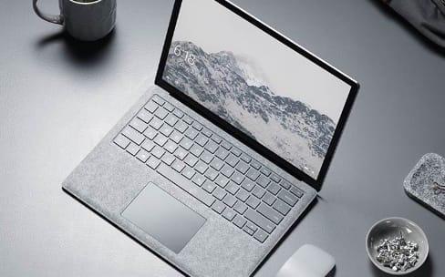 Le Surface Laptop ne vous fera pas quitter votre MacBook Pro
