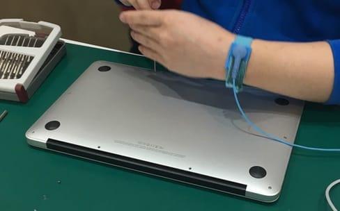 Chroniques numériques de Chine: la malédiction du MacBook Air