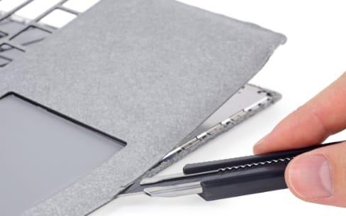 Le Surface Laptop de Microsoft doit être cassé pour être ouvert