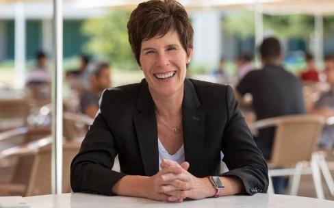 Apple nomme une nouvelle vice-présidente en charge «des gens »