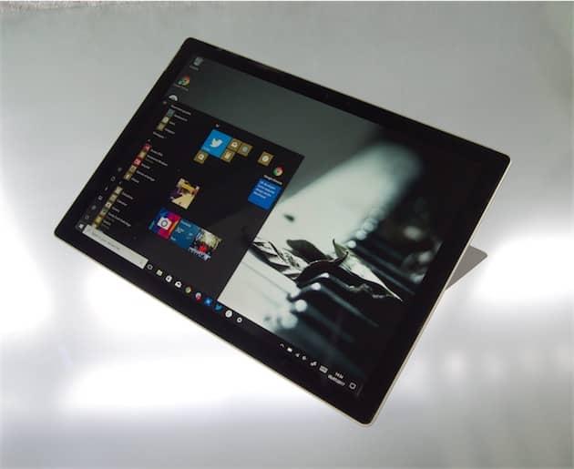 La Surface Pro, dernière génération des tablettes convertibles de Microsoft. Cliquer pour agrandir