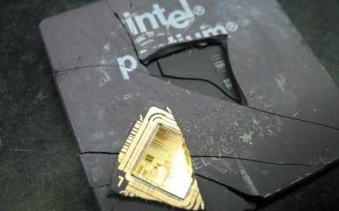 Une faille de sécurité de dix ans dans les processeurs Intel