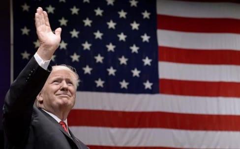 Donald Trump est ravi de l'investissement d'Apple aux États-Unis