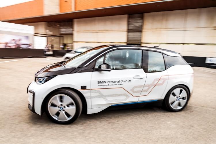 BMW transforme à son tour votre smartphone en clé de voiture