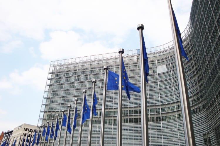 Union européenne : une taxe de 2% à 6% sur le chiffre d'affaires d'Apple, Facebook, Google et les autres