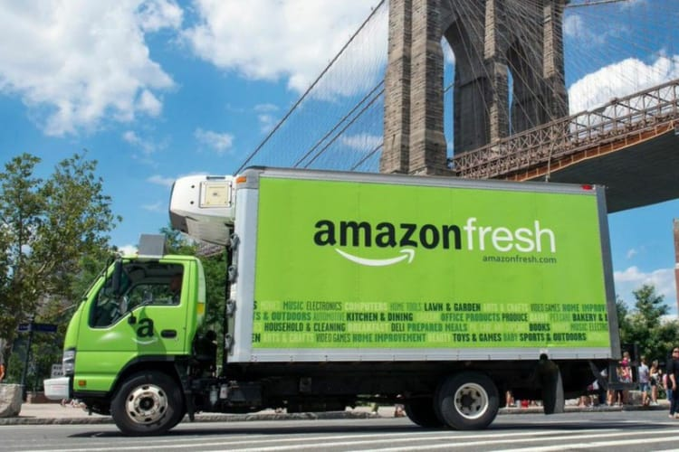 Amazon voudrait vendre des produits frais en France et des comptes courants aux États-Unis