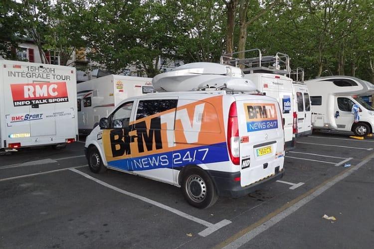 Et PAF ! M6 s'attaque à Molotov, NextRadioTV demande des sous à Free et à Orange