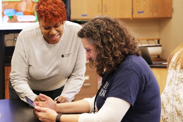 Apple offre des cours de programmation aux enseignants de Chicago