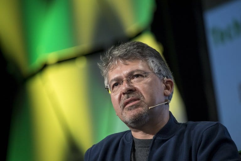 Le responsable de l'intelligence artificielle de Google rejoint les rangs d'Apple