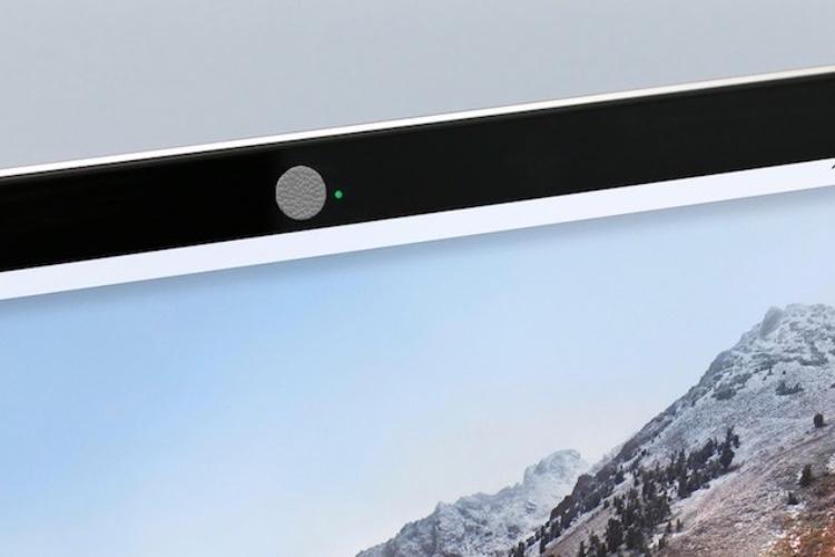 """Un Kickstarter pour des """"webcam covers"""" encuir"""