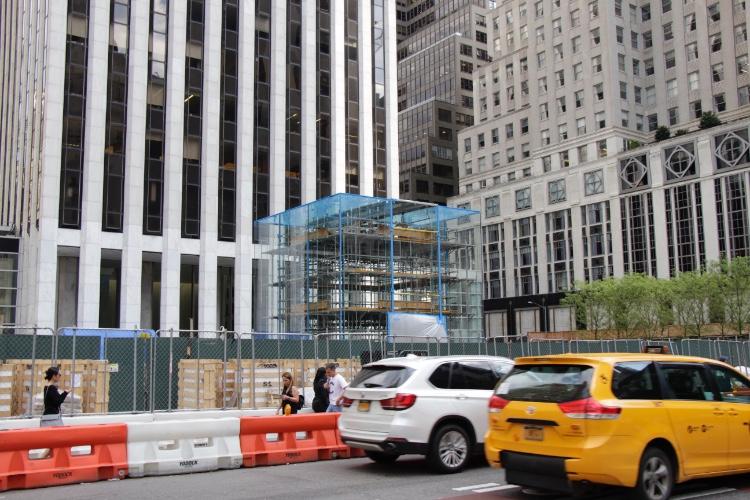 image en galerie : L'Apple Store de la 5e avenue récupère son cube
